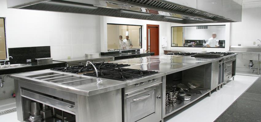 Setting Off a Commercial Kitchen in Melbourne or Sydney? Know the Leasing Rules First!