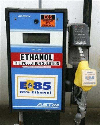 drive efforts to optimize biomass supply practices From Plant to Pump (New) Ethanol Blends Testing