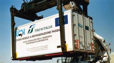 INLAND/INTERMODAL NEWS New reefer swap design The TRAIN della Risaia consortium, whose members include Ansaldo, ENEA, Uniontrasporti, Costamasnaga, Fantuzzi, D appolonia and Trenitalia, has developed