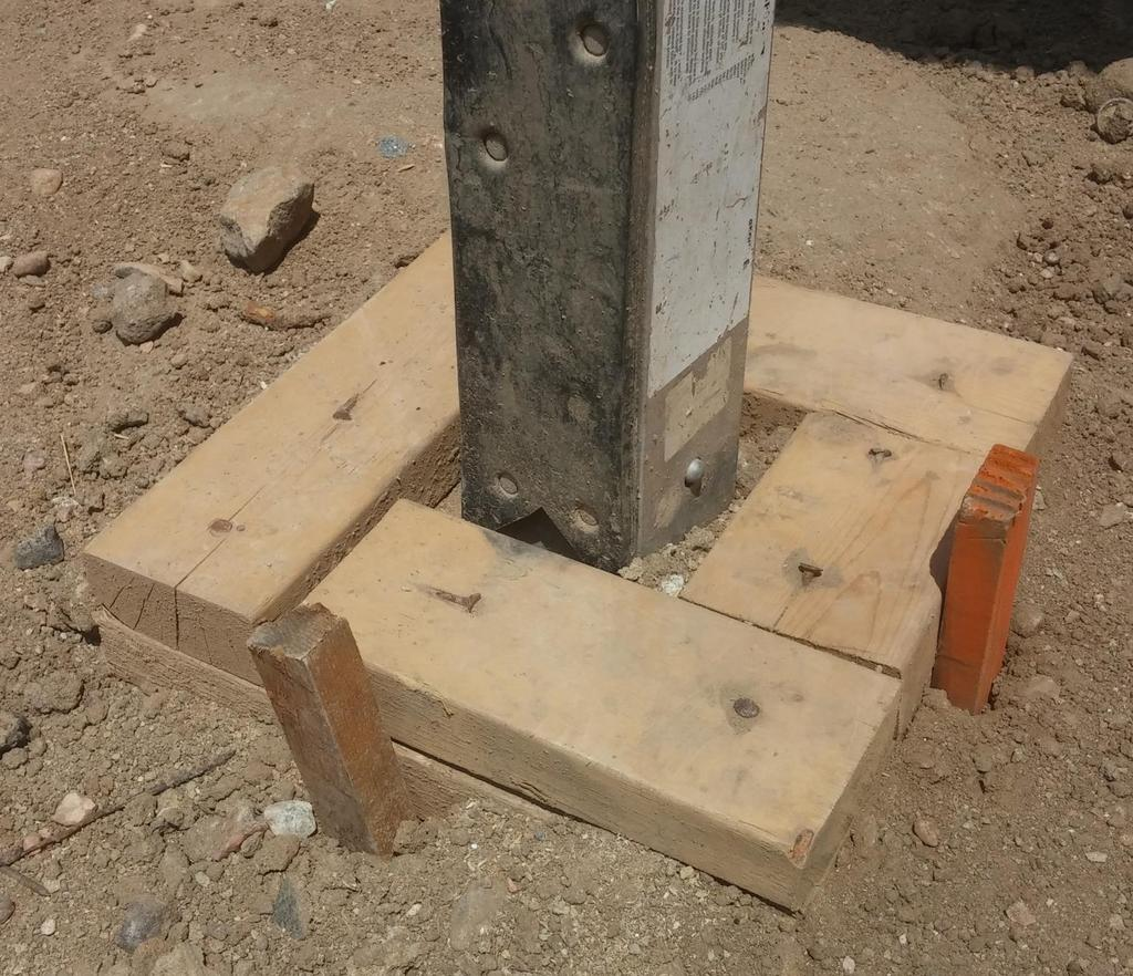 Footing Placement Vertical pole (tower)