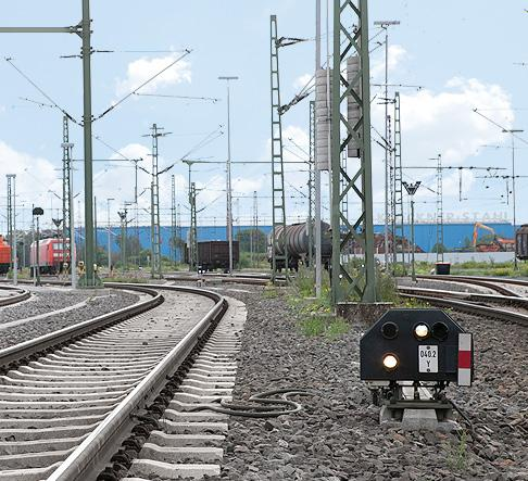 >> Wheel sensors/axle counting systems Single or double wheel sensors for train localisation, railway signalling technology, speed measurements or axle counting the highest level of technical