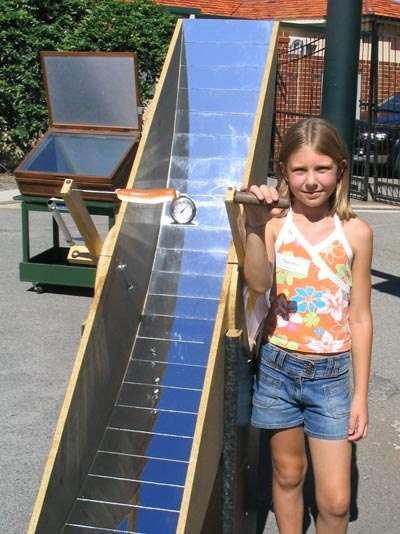 Solar Cooking, Single Hot Dog Scale