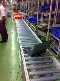 Conveyors: Roller Conveyors for special applications: Imported rollers are used as standard.
