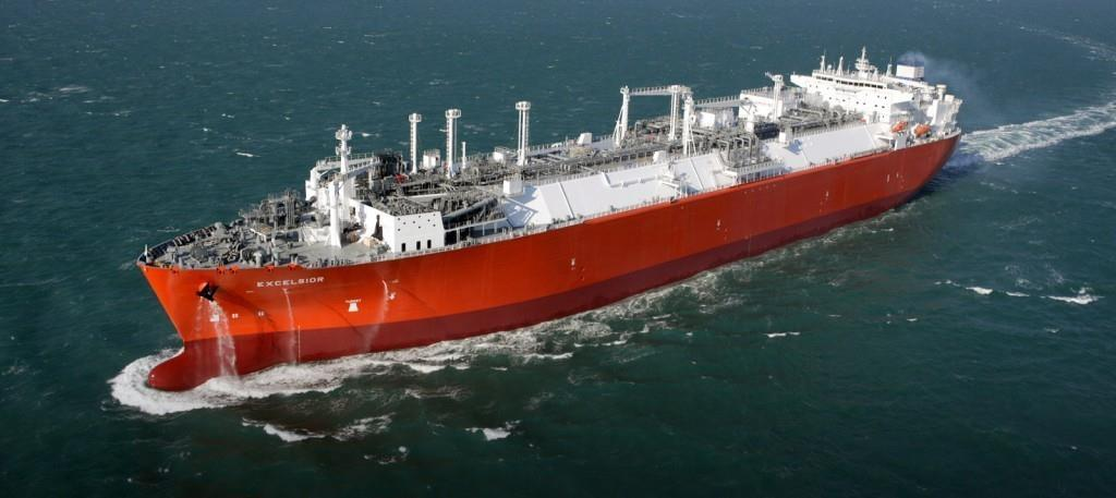 Production, Storage, Transport & Regasification of LNG Largest FSRU in service: LNG-FSRU of 173 000 m3 Capacity, 4
