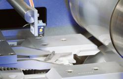 Romaco Siebler s heat-sealing concepts result in tailor-made solutions for numerous pharmaceutical and medical devices.