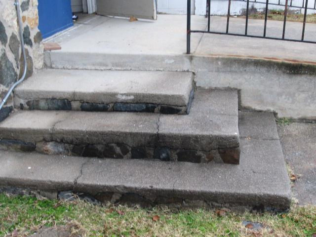 Photo 7: Left side concrete