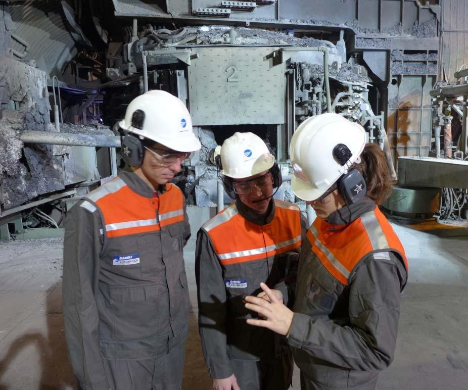 DIGITAL METALLURGY FACTS SAFESTAR Integrated communication system for safety supervision > Improvement of safety supervision > Reduce assistance