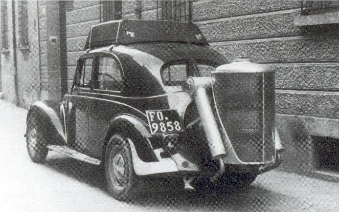 Biomass to Liquid (BtL): ancient origins A car built in the 1940s with a wood gas generator device *.