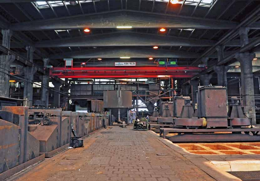siempelkamp Nuclear Technology A dusty business a clean result: Siempelkamp crane for SGL SKT double girder bridge crane in operation at SGL Group Business Area Performance Products Not all cranes