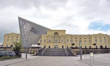 Dresden re ceived an order to perform ultrasonic testing and wallthickness measurements on the Geschosshagel installation (Geschosshagel = hail of bullets) in the Dresden Museum of Military History.