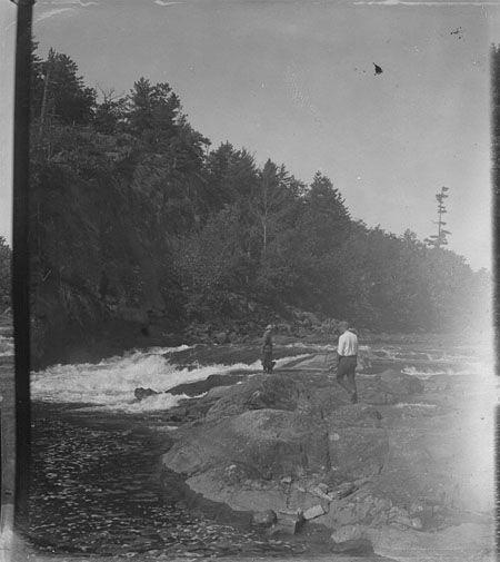 area was flooded in 1938, when the water level was raised after Ragged Rapids dam was built.