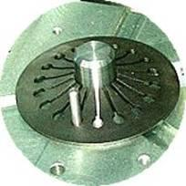 DRIVE CLUTCH Surface treatment in the central zone of the clutch pusher disk spring.