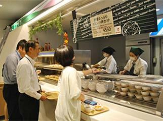 For each healthy TFT meal purchased by employees, a donation of 20 yen is automatically made.