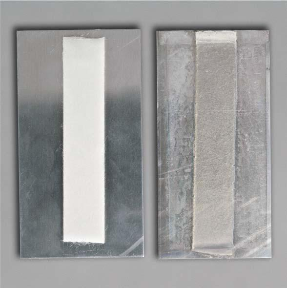 Visual comparison of freshly applied 3M Extreme Sealing Tape 4412N (left); and 3M Extreme Sealing Tape 4412N after 2 hours in 3M accelerated aging conditions A (right).