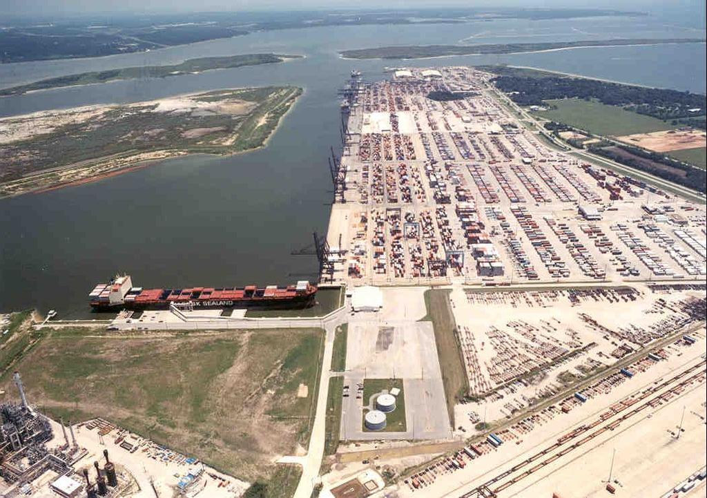 Barbours Cut Terminal Six 1,000 ft (305 m) berths 12 shore cranes; 30 RTG
