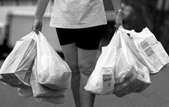 Single-Use Plastic Bags A symbol of unchecked, wasteful habits Why so popular? Free, lightweight, high strength-to-weight ratio, inexpensive, convenient, durable and watertight. But.