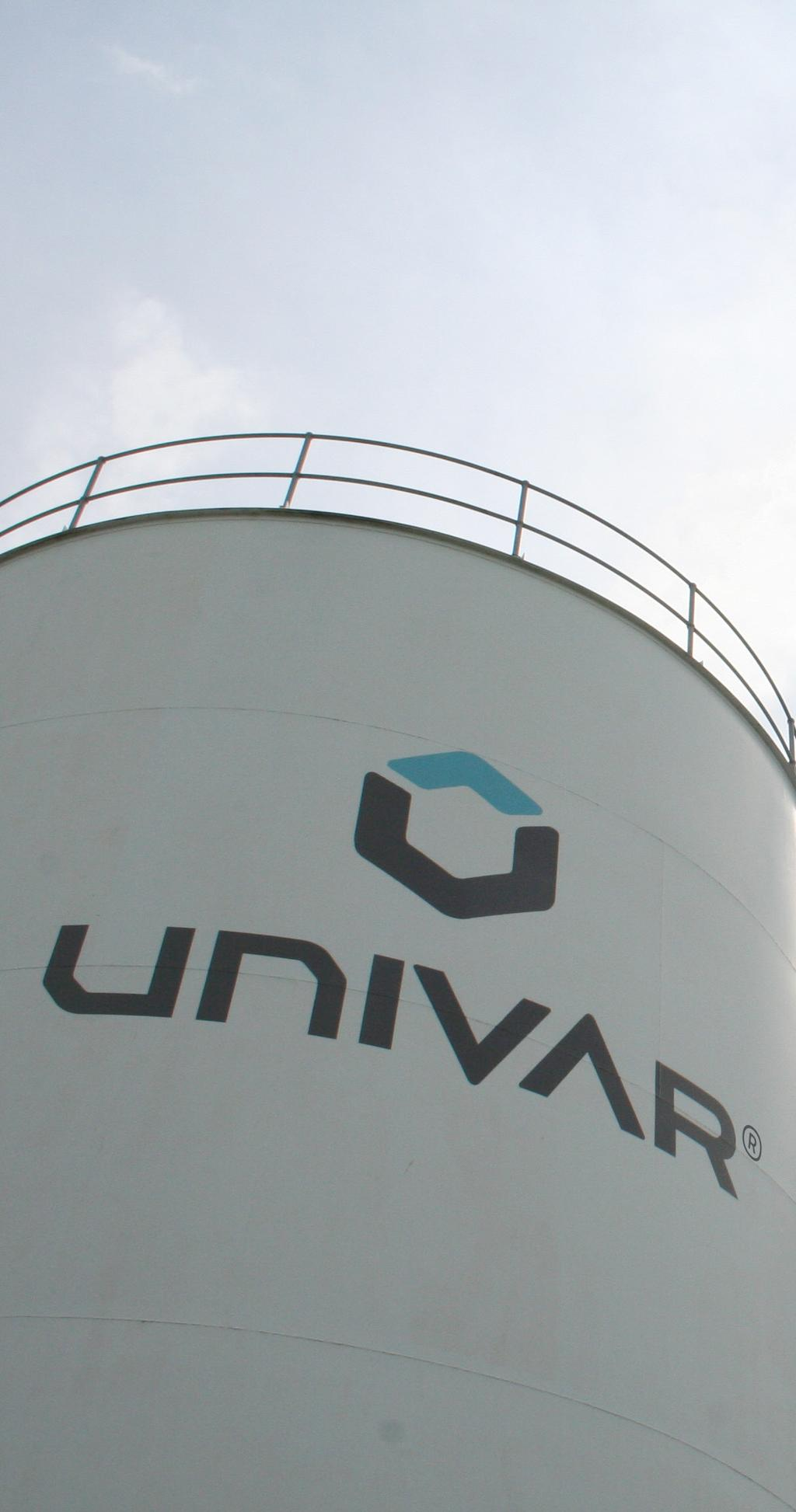 Contents Our vision... 2 Univar s guiding principles...3 A letter from Univar s CEO, Erik Fyrwald... 5 Honest and ethical conduct... 6 Compliance with laws, regulations and rules.