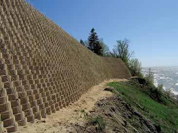 GEOWEB PERFORMANCE COMPARISONS TO MSE WALLS GEOWEB retaining walls offer performance benefits compared to MSE block wall systems: Vegetated fascia