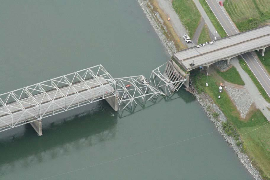 New Data: Condition and Performance Condition of State-Owned Bridges WSDOT manages over 3,800 bridges and structures statewide 91% of WSDOT-owned bridges by deck area were in very good, good, or fair