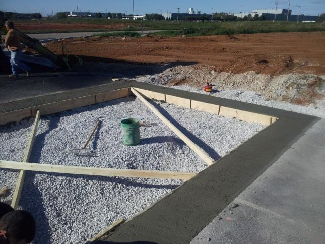 This method of installation typically requires (1) foreman (with minimal experience and/or minimal training of the PaveDrain System) and (3) general laborers.