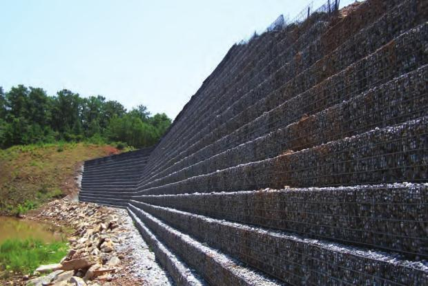 Project Structure Height Donzi Landfill Atlanta, Georgia 26 ft (max.) Slope Angle H:2V; H:V Area 20,000 SF Primary Geogrid Stratagrid SG500, SG550 Facing 90-deg.