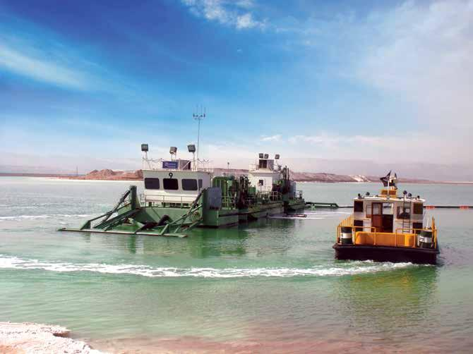 28 HIGHLIGHTS November 2014 CONTACT TIM TEBBE TIM.TEBBE@FLSMIDTH.COM Harvesting potash from the Dead Sea FLOATING TRACKED HARVESTER NO.