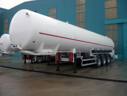 & The 58,000 litre LNG Trailer (8 Bar) is a super-insulated vacuum-unit suitable for the transportation of